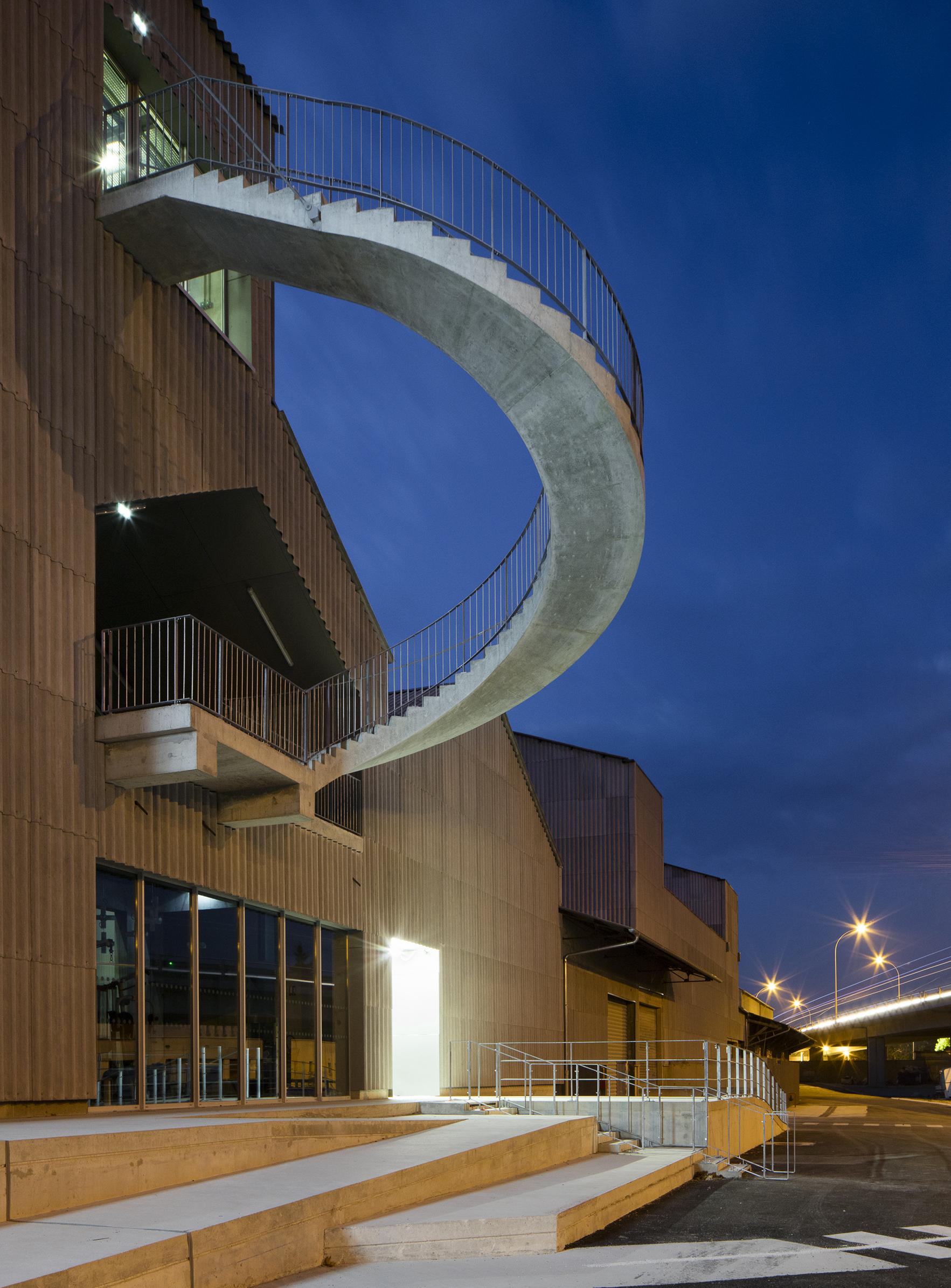 Le CNAC 01 - Friches + Culturel - Caractère Spécial Matthieu Poitevin Architecture
