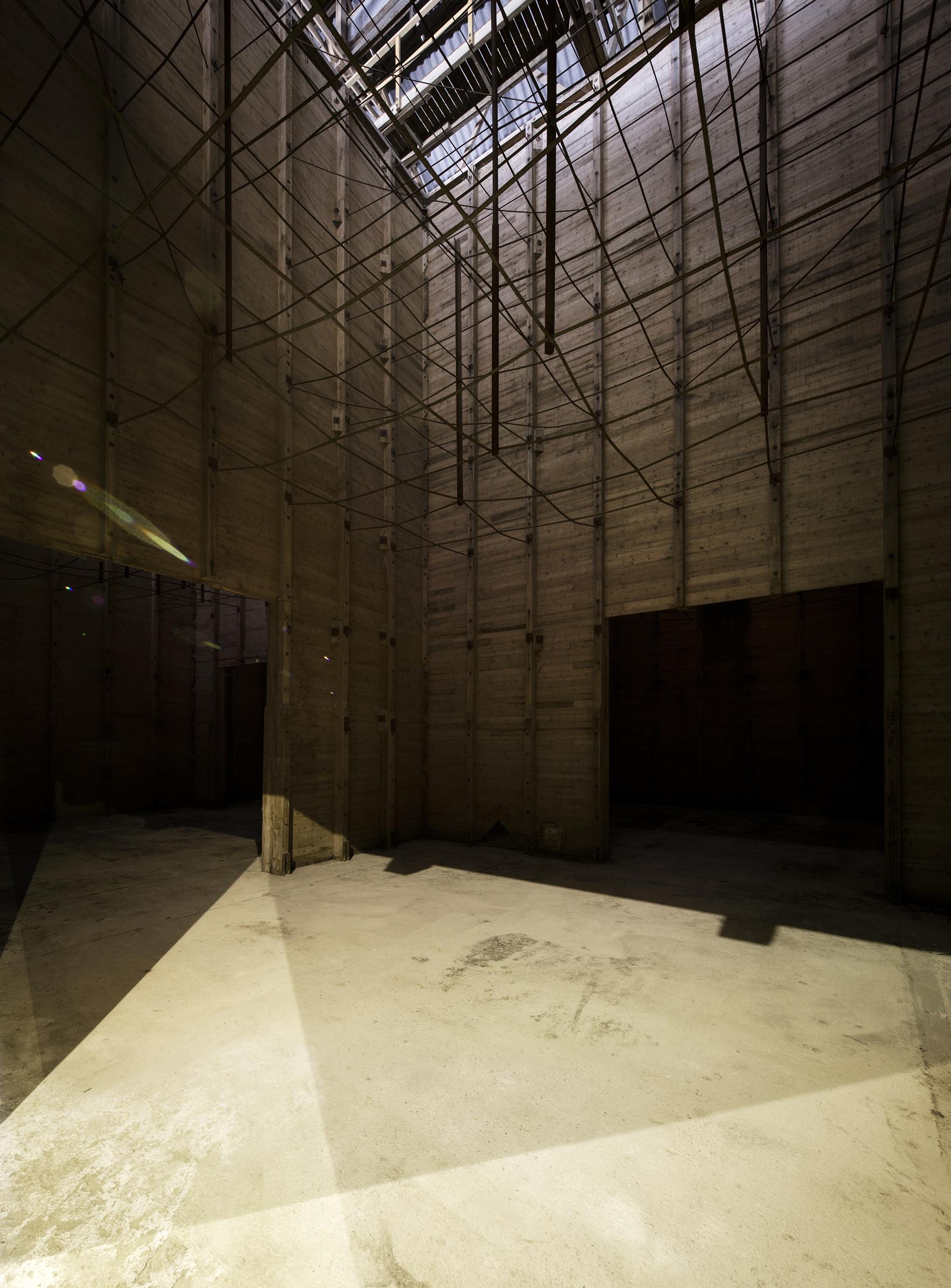 Le CNAC 03 - Friches + Culturel - Caractère Spécial Matthieu Poitevin Architecture