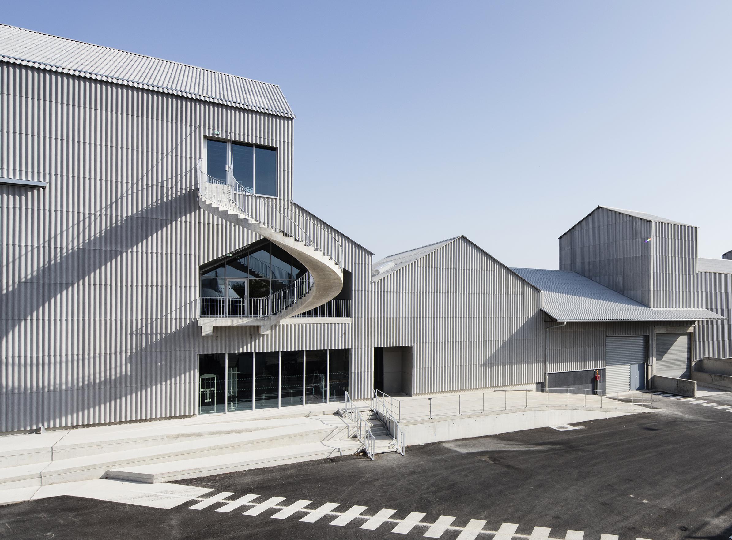 Le CNAC 04 - Friches + Culturel - Caractère Spécial Matthieu Poitevin Architecture