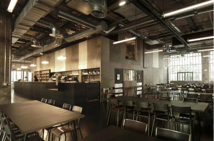 Grandes Tables 104 - 01 - Équipements Bureau - Caractère Spécial - Matthieu Poitevin Architecture
