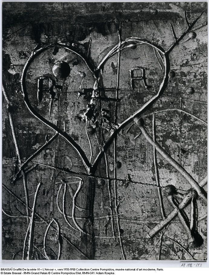 Graffiti coeur et initiales - Caractère Spécial Architecture