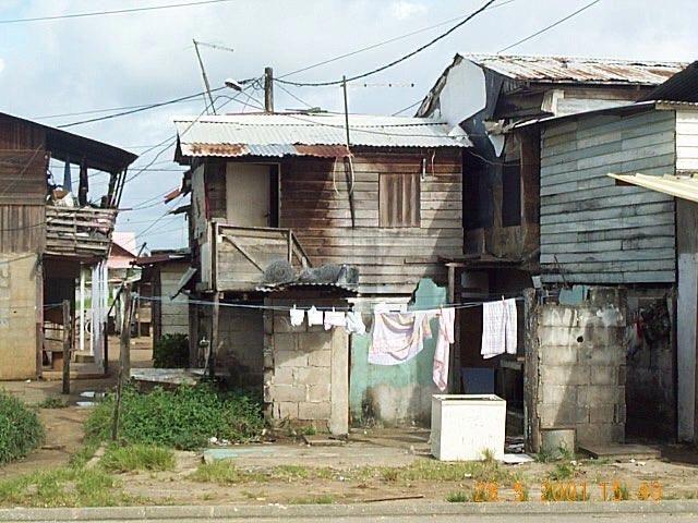 Maison de vilage - Caractère Spécial Architecture